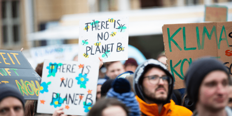 Nuestro compromiso con el medio ambiente: 8 medidas para cuidar el planeta.