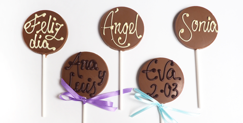 Piruletas de chocolate personalizadas